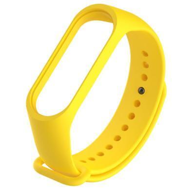 Náhradný silikónový a vodeodolný remienok pre Xiaomi Mi Band 3 žltý